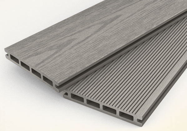 Hohle Decking Board