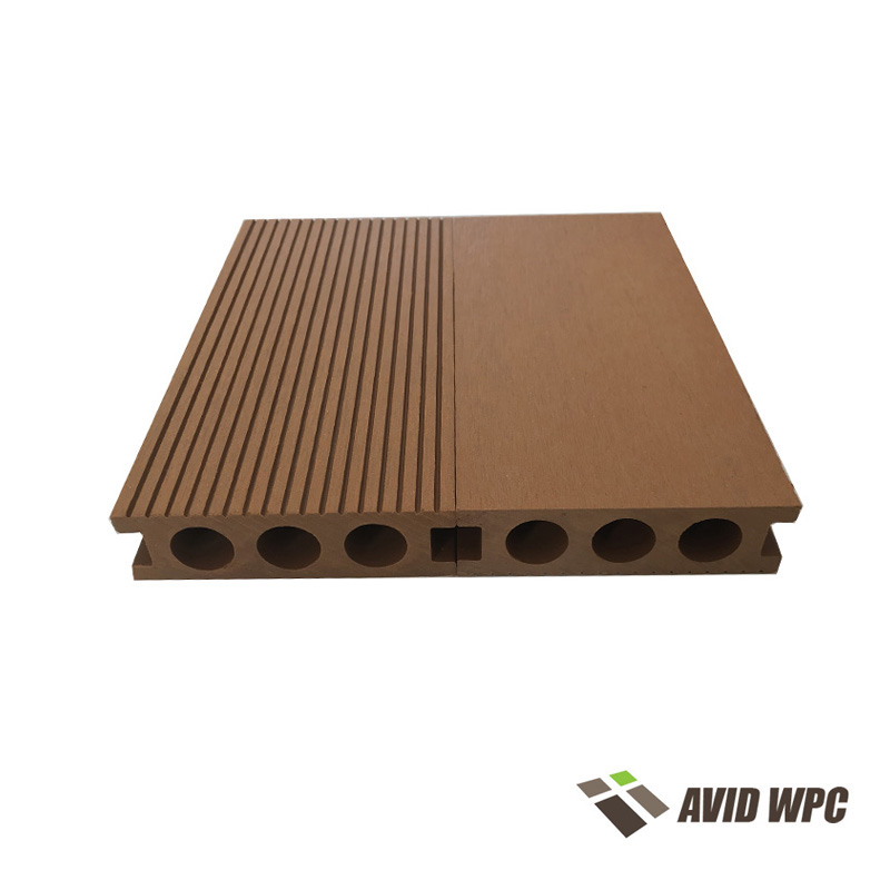 Hohle Decking Board: WPC-Hohldecking